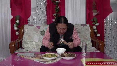 今天中午两个菜,朱坤做的兰花菜和鹅肉,真好吃