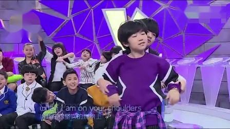 10岁中国女孩与国外天后同台飙歌,开口就是天籁,太长脸了!