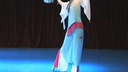 舞蹈#花间心事#北京舞蹈学院。表演:王详