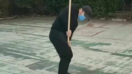 南昌八极拳唐强老师演练十三把短棍