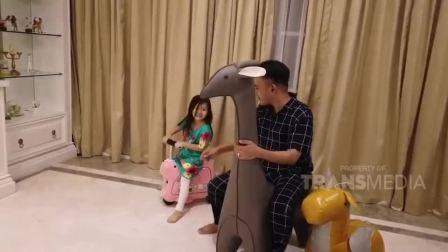 爱尔威智能儿童电动行李箱A我rwheel SQ3亮相印尼电视台