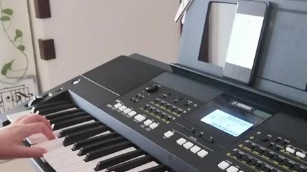 《桥边姑娘》电子琴曲