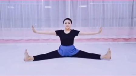 北京舞蹈学院中国舞考级二级勾绷脚