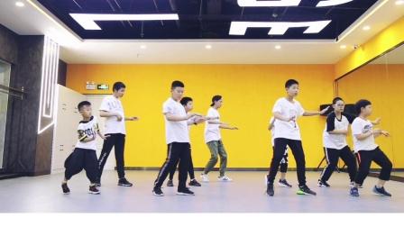 乌鲁木齐市灵魂舞台舞蹈工作室popping班第一期作品展示