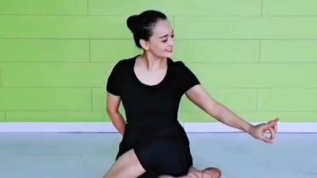 北京舞蹈学院考级五级手眼动作