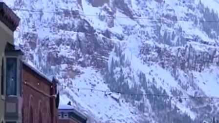 在俄罗斯山下拍到这一幕,没想到竟被我遇到这种事,真是吓到我了!
