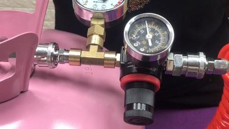第192个视频 测压版低压氦气减压器使用方法