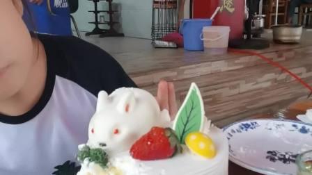 2020兔子蛋糕