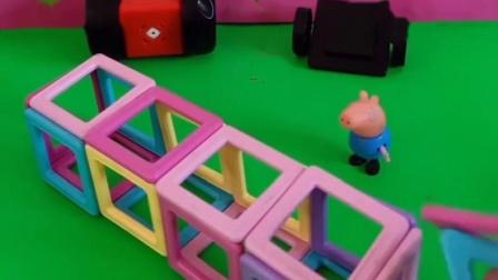 乔治拿磁力片做了小汽车,要让猪爸爸开,不让猪爸爸辛苦