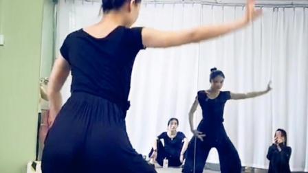 古典舞你知道不知道,视频分解动作一,阜阳艺路舞蹈提供