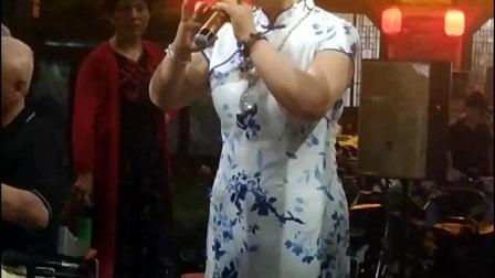 大梁门活动我演唱的穆桂英挂帅