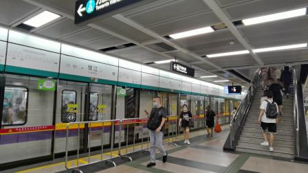 [2020.7]广州地铁8号线鹭江出站滘心方向,A6香槟鼠(08x165-166)与A5变声鼠(08×139-140)会车。[罕见]