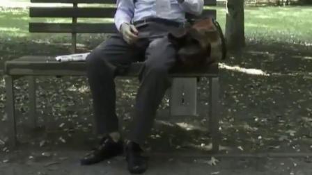 最坑的座椅,不给钱不让座!