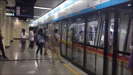 广州地铁apm线。