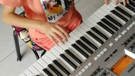 《粉刷匠》演奏者:三年级优秀学员武林淼
