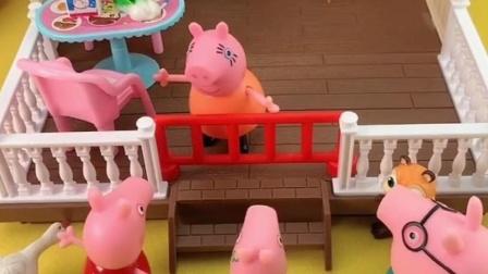 猪妈妈做好饭把乔治拦外面,猪爸爸看到想要吃,猪妈妈让猜谜语?