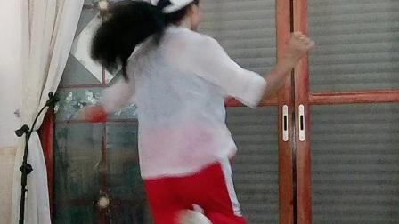 会昌麻州广场舞(谁家的姑娘)网红舞曲弹跳步