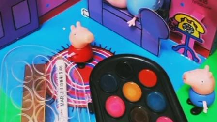 佩奇乔治买的画画,小猪都想给爸爸画眼影吗,猪妈妈看见都笑了!