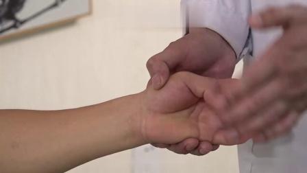 中医针灸培训鲁西神针王纪强治疗崴脚 (1)