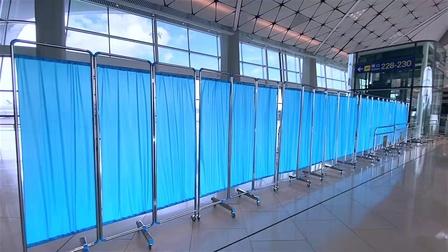 笔克设计及搭建位于香港国际机场的卫生署临时样本采集中心内100个样本收集间及其他设施
