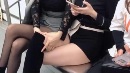 不管年龄多大,是不是所有女人都有一颗少女心?#街拍#小助手#腿长了不起