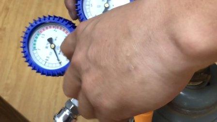 第195个视频 高压氦气瓶减压器H006A-1使用方法