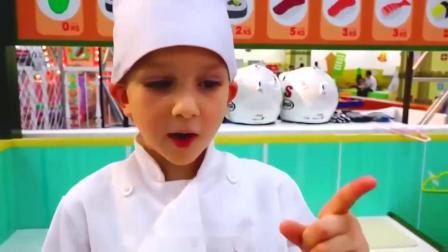 萌娃玩游戏:熊孩子的寿司店里来了一位可爱的小顾客!—萌娃:这里的寿司真好吃!