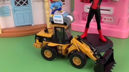 猪猪侠开车来加油,加油员发现是车子少了一个轮胎
