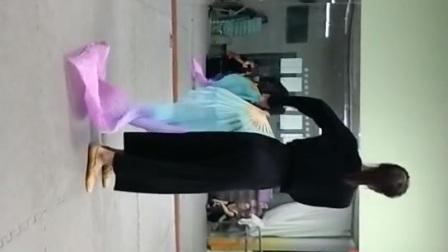 古典舞左手指月分解动作三四之间添加部分,阜阳艺路舞蹈学校提供,仅供内部使用
