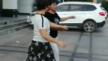 练兰芳,双人舞