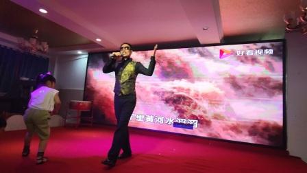 这才是真正的农民歌手,王文正用热情点燃你的正能量!