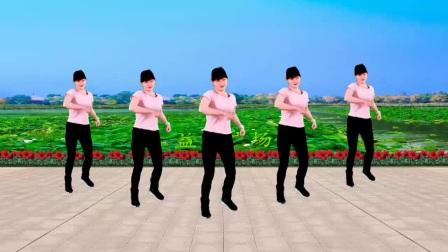 我在广场舞《妈妈的舞步》DJ旋律32步,时尚动感美美哒截了一段小视频