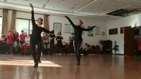 藏族舞蹈:献给妈妈的歌(正面)