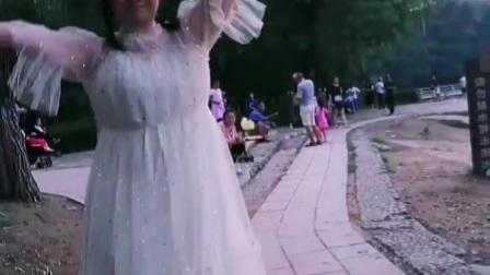 珊珊动感炫舞和最火不谓侠古典舞