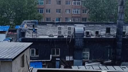 雨☔️中的中山区