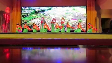 元宝区全民健身夕阳红盛世欢歌庆双节文体演出之知青大学舞蹈《在希望的田野上》片段