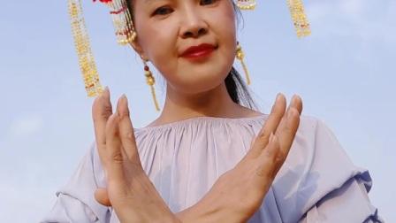 阿文樂樂手势舞、竖屏《火火的中国火火的时代》DJ版