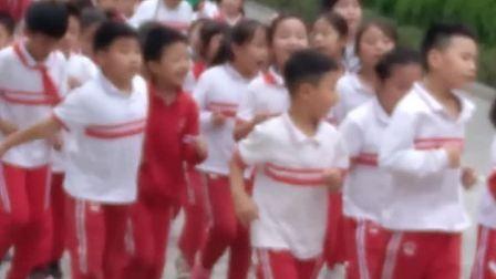 赵芊语  在学校快乐跑步🏃  2020.9.28