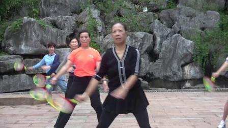万力广场柔力球队成立一周年庆典