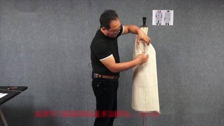 服装制版:格子廓形大衣平面立裁综合制版(2)