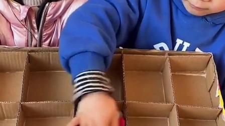 童年趣事:纸盒子里面都有些什么呀