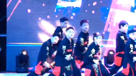 成都青少年学街舞 青少年街舞