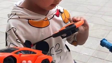 童年趣事:妈妈买的新玩具怎么样