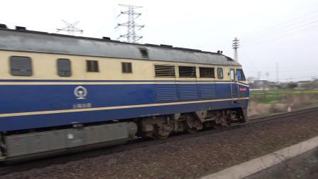 T237次 DF110349 通过宁芜线K72KM采石站道口