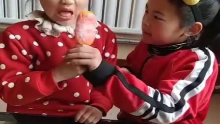童年趣事:姐姐和妹妹这次怎么又打起来了?是因为什么呢?