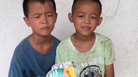 童年趣事:到底是哥哥还是蚊子打的弟弟呀
