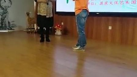 市民舞台今年第一次去,冯阿姐帮我拍的视频谢谢姐,拿出来晒晒哈哈🌹🌹