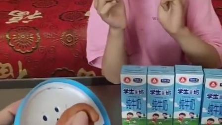 童年趣事:谁又偷吃了棒棒糖!
