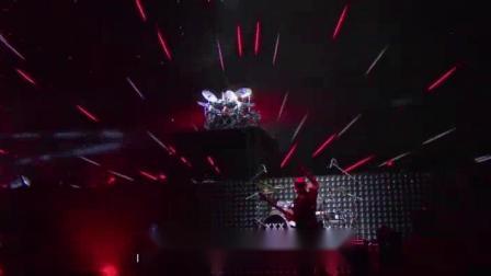 我在邓紫棋曝最难开演唱会,乐队几乎放弃崩溃截了一段小视频