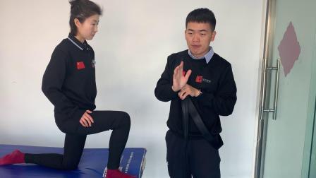 桃子老师演示踝背屈松动术